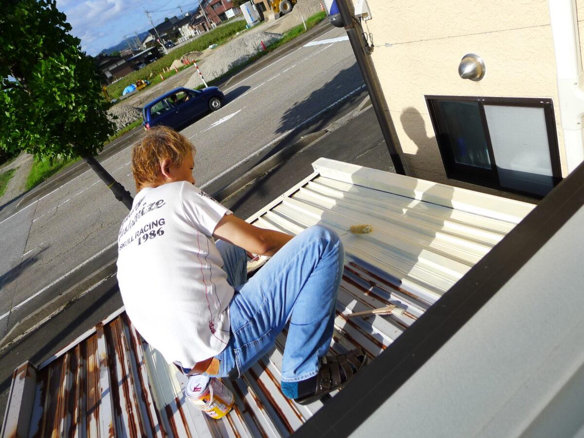 ヨド物置 屋根防錆塗装