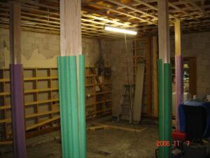 補強柱 合計5本設置